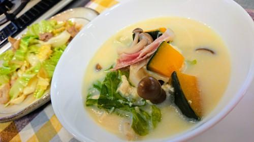 キャベツと豆腐のスープ